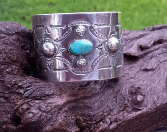 Native American Indian turquoise sterling silver cuff