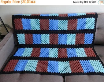 SALE Granny Square Crochet Blanket Throw - Vintage
