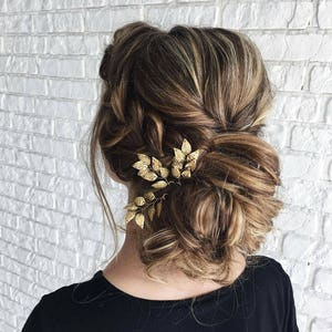 Beauty and the beast Wedding hair piece Bridal hair accessories hair comb Gold leaf hair pins Flower girl gift Bridal hairpin Prom hairpiece