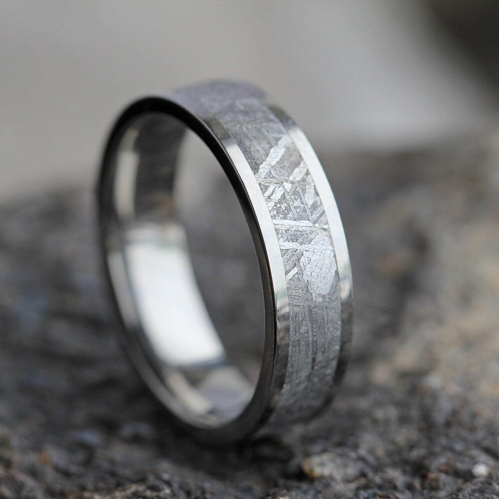 zoom - Meteorite Wedding Rings