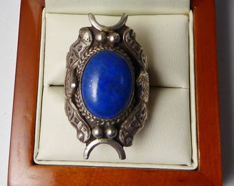 Vintage C1970s Native American Sterling Silver & Natural Lapis Lazuli Moth Saddle Ring
