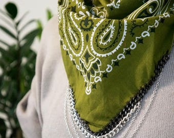 THE FESTEVAL - Olive Green Bandana with Silver Chain