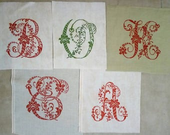 Cross stitch, abc embroidery, Decorations & Embellishments , broderie rouge,  Monogramme,  Lettre point croix, initials, name