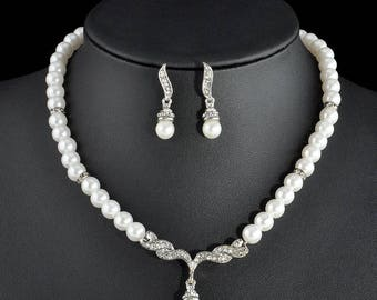 Silver Plated Crystal Necklace And Earring Set