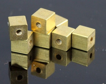 "Raw Brass square cube stamping cube 20 pcs 6x6mm 1/4"" x 1/4""   (2 mm 5/64"" 13 gauge hole ) bab2 1610"