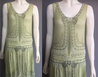 1920s flapper dress/ beaded dress- sadly wounded