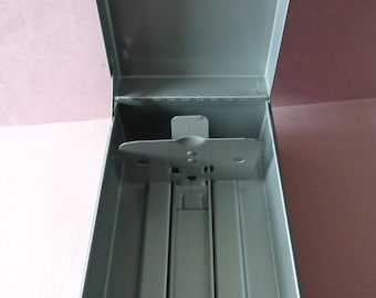 Vintage Weis Metal Card File Box Gray color holds 3 inch by 5 inch cards