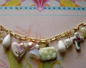 Bracelet - Creme Toute Charm Bracelet