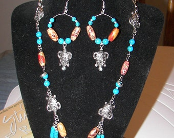 Tribal Turtles Necklace Set