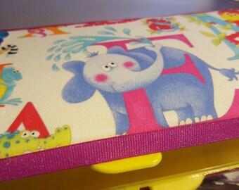Wipe case Alphabet E elephant girl travel wipe case