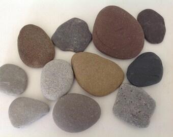 50 large flat beach stones Guest book stones Wedding rocks Wedding stones Flat message rocks Wishing stones Memorial stones Craft stones