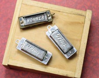 1 Vintage Miniature Harmonica