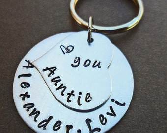 Love You Auntie Keychain - Personalized Aluminum Keychain - Custom Name- Hand-Stamped Keychain- K45