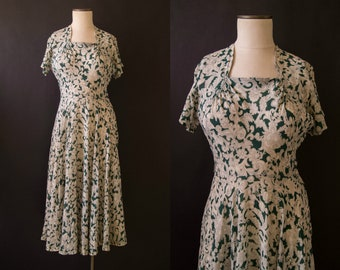 vintage 1940s dress / 40s floral rayon crepe dress / medium / River Shannon Dress