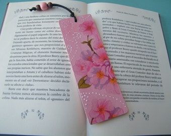 Cherry blossom bookmark, wooden bookmark, reading accessory, page marker, gift for readers, unique bookmark, handmade, travel bookmark, OOAK