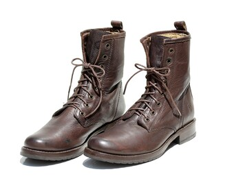 Dark Brown Leather Ankle Boots / size 8