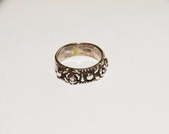 Vintage 1950's Sterling Rose Band Ring Size 5.