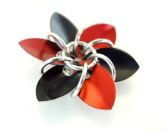 Gothic Red And Black Dragon Scale Flower Necklace