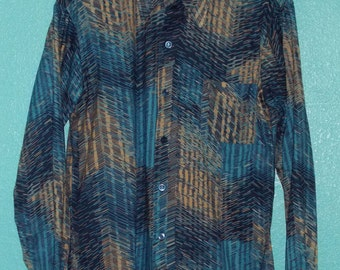 """70s Mens """"Kings Road"""" Blue Chevron Scratchy Print Poly Hipster LS Shirt — Size M"""