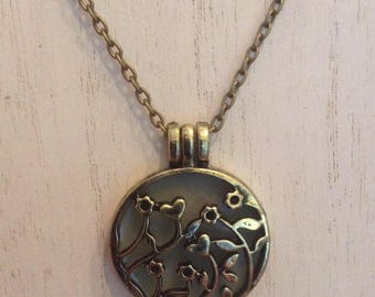 Brass flower essential oil diffuser necklace, perfume locket, aromatherapy jewelry