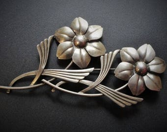 Vintage Sterling Silver Flower Pin Brooch