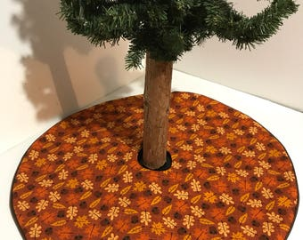 "Fall tabletop tree skirt – 20.5"" - Autumn Leaves Galore - custom made"
