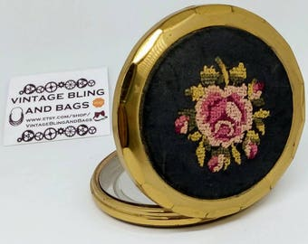 7.5cm Vintage embroidered powder compact, petit point compact, vintage compact, embroidered powder compact, vintage powder, petit point