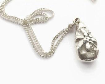 Sterling Silver Flower Pendulum  Pendant Necklace  - HALLMARKED