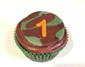 12 Fondant Camouflage age/initial cupcake toppers