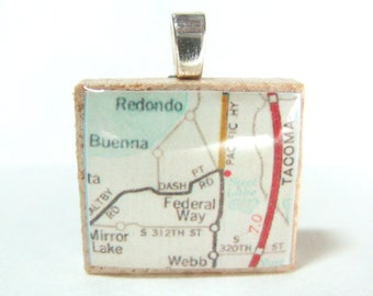 Federal Way, Washington - 1973 vintage Scrabble tile map pendant