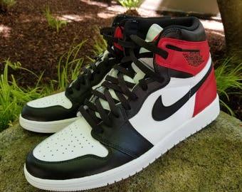 Air Jordan noir orteil 1 Custom