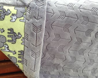 """Warm and Snuggly """"Elephant and Friends"""" Animal Minky Blanket ~ Grey Embossed Arrow Backing"""