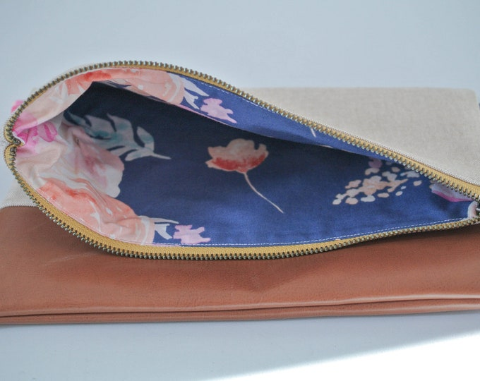 Featured listing image: Zippered Clutch | folded clutch | zipper pouch | Travel Bag | Floral Foldover | Linen Bag | Overnight Tote | folded Clutch | Small Purse