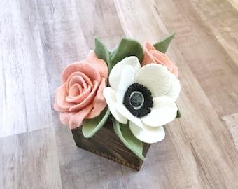 Rustic Bouquet with Handmade Felt Flowers// Farmhouse Decor // Mother's Day Bouquet