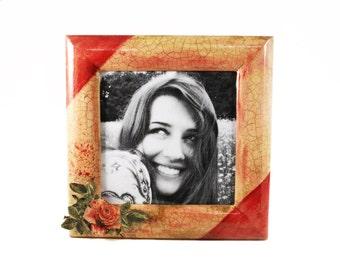 Photo frame red rose. Photo frame red wood. Photo frame rustic. Photo frame hand painted. Photo frame vintage. Frame wood. Gift for her