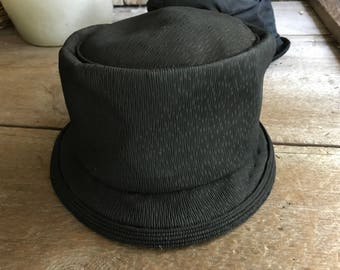 1920s French Cloche Hat, Black Chiffon, Pleated Textured