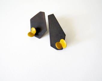 Geometrical organic minimalistic earrings