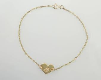 14k gold Heart initial bracelet. nameplate bracelet. Personalized bracelet. Gift for teen . Bar bracelet. monogram bracelet