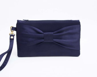 Bow wristlet clutch,bridesmaid  clutch gift ,wedding gift ,navy clutch with gold hardware OR silver hardware option