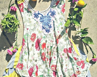 Boho top, festival tunic, gypsy tunic, boho chic top, floral top, boho fashion, festival top, hippie top, bohemian clothing, gypsy floral