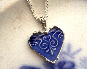 Beautiful antique Flow Blue - Art Nouveau - broken china jewelry heart pendant necklace 1880s - recycled china - broken china jewelry