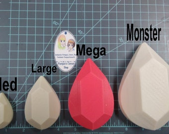 Teardrop Gem Plastic Mold or Silicone mold, bath bomb mold, soap mold, teardrop mold, resin mold, gem mold, gemstone mold, jewelry mold, wax