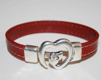 10mm stitched leather and heart clasp bracelet