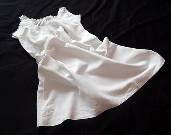 French Vintage Chemise Nightgown in Linen with Hand Embroidery