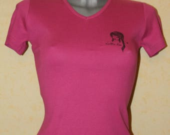 Fuchsia v-neck t-shirt