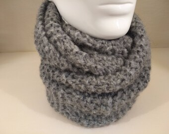 Snood neck knitted Alpaca hand circumference