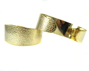 Gold Plated Thick Textured Cuff  - (1x) (K714)