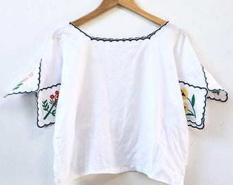 Botanica Embroidered Linen Blouse