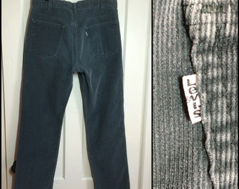 Vintage 519 Levis Corduroys 36x32, measures 36x31.5 soft green grayish straight leg cords 36 inch waist #1560