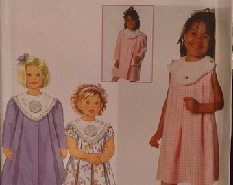 SIMPLICITY 7475 pattern dress for girls size 2 to 4 years